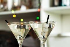 AlkoholcoctailGibson martini lök Arkivbilder