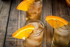 Alkoholiczny ajerówki pomarańcze koktajl Zdjęcie Royalty Free