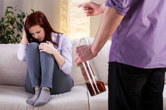 Alkoholiczny problem w rodzinie zdjęcie royalty free