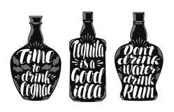 Alkoholische Getränke, Kennsatzfamilie des alkoholischen Getränks Flasche, Rum, Kognak, Tequilaikone oder Logo Beschriftung, Kall lizenzfreie abbildung