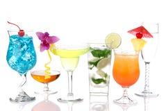 alkoholiserad coctailmargaritamartini mojito royaltyfri fotografi