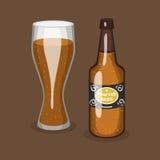 Alkoholu piwny wektorowy przejrzysty szkło, butelki przyjęcie i browar ilustracyjny napój i pijemy royalty ilustracja