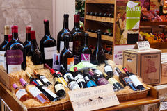 Alkoholu sklep w Logrono, los angeles Rioja Obrazy Royalty Free