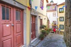 Allée dans la vieille ville Porto Portugal Images stock