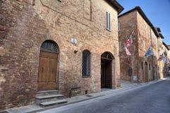 Allée. Della Pieve de Citta. l'Ombrie. Images stock