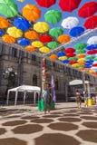 Allée des parapluies montants dans la ruelle de Solyany à St Petersburg photo stock