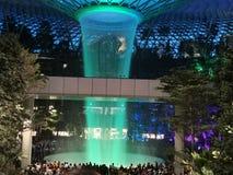 All'aeroporto Singapore di Changi del gioiello fotografie stock libere da diritti