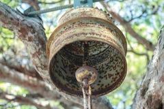 All'aperto metal la campana di tutto il monastero di santi inoltre Fotografia Stock Libera da Diritti