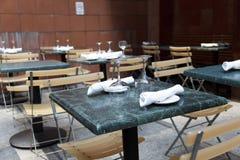 all'aperto tabelle del ristorante Immagini Stock