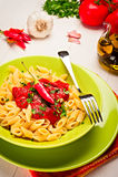 all'Arrabbiata Penne - ιταλικά ζυμαρικά Στοκ Εικόνες