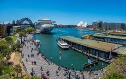 All fastklämt upp i Sydney fotografering för bildbyråer