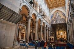 All'interno della cattedrale di Pisa Fotografia Stock