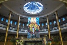 All'interno di una chiesa Immagini Stock Libere da Diritti