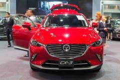 All nya Mazda CX-3 visade i Thailand den 37th Bangkok Internati Fotografering för Bildbyråer