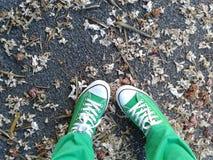 All Star verde su una via Fotografie Stock Libere da Diritti