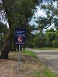 All vegetation är det skyddade tecknet royaltyfri fotografi