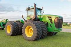 All-Wheel Drive John Deere 9530 Farm Tractor Royalty Free Stock Images
