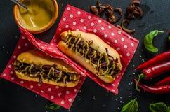 Alla gnäller hotdogs Royaltyfri Foto