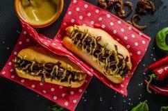 Alla gnäller hotdogs Royaltyfri Bild