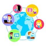 Alla i världen genom att använda internet Royaltyfri Fotografi