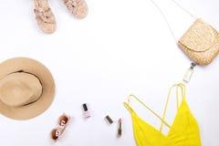 Alla moda moderni cercano il lookbook alla moda del blog di modo Disposizione piana di abbigliamento alla moda per la rivista del Fotografia Stock