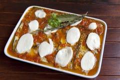 Alla Parmigiana de Melanzane avant la cuisson Images stock