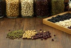 Alla sorter av bönor Arkivbild