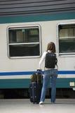 Alla stazione ferroviaria Immagine Stock
