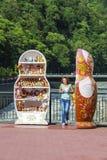 alla tillgängliga för aside som göras mest ostroner semesterortsnäckskal, shoppar souvenirsjöstjärnor sommaren dem vareträ Royaltyfri Fotografi