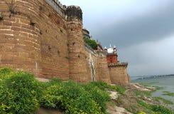 Allahabad fort vid floden Indien Arkivfoto