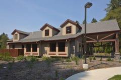 Allaktivitetshus som bygger den Camas Washingto staten Arkivfoto