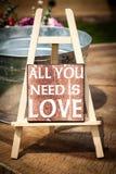 Alle, die Sie benötigen, ist Liebe Lizenzfreie Stockbilder