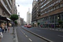 Allee Calea Victoriei in im Stadtzentrum gelegenem Bukarest Stockbild