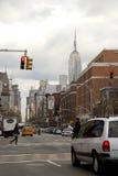 Allee des Amerikas von Greenwich Village oben schauen, Empire State Building im Abstand, Lizenzfreies Stockfoto