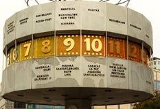 Allemagne-Berlin, en 2016 Temps d'horloge dans le monde à Berlin, 2015 Image stock