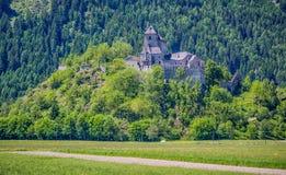 Allemand de château de Reifenstein : Burg Reifenstein, Italien : Castel Tasso est un château dans Freienfeld, près de Sterzing, a image libre de droits