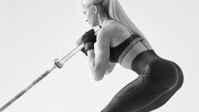 Allenamento della donna di forma fisica Fotografie Stock Libere da Diritti