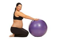 Allenamento della donna incinta Fotografia Stock