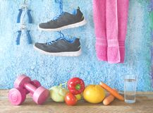Allenamento di forma fisica, funzionamento e peso di riduzione per la primavera, Immagine Stock Libera da Diritti