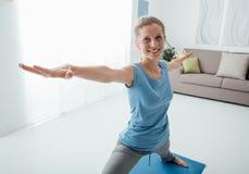 Allenamento di yoga Immagini Stock Libere da Diritti