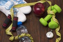 Allenamento e diario stante a dieta dello spazio della copia di forma fisica Concetto sano di stile di vita Immagine Stock Libera da Diritti
