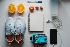 Allenamento e forma fisica, concetto di progettazione di dieta di controllo Fotografie Stock