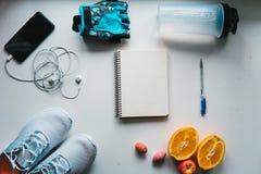 Allenamento e forma fisica, concetto di progettazione di dieta di controllo Fotografia Stock