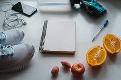 Allenamento e forma fisica, concetto di progettazione di dieta di controllo Fotografia Stock Libera da Diritti