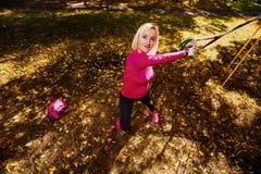 Allenamento nel parco di autunno Fotografia Stock Libera da Diritti