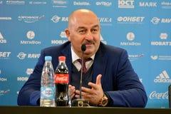 Allenatore nazionale russo Stanislav Cherchesov della squadra di football americano ad una p Immagini Stock Libere da Diritti