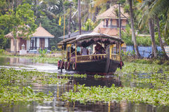 ALLEPPEY, KERALA, INDIA - AUGUST 16, 2016: Unidentified indian p Royalty Free Stock Photography