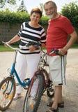 Aller à vélo Image libre de droits