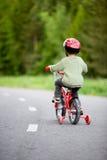 Aller à vélo sûr Photo libre de droits
