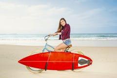 Aller surfer Photos libres de droits